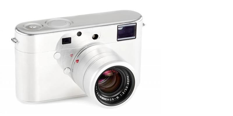 Leica hizo una cámara prototipo con Jony Ive y van a subastarla