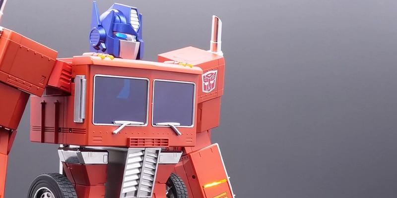 Transformers: Hasbro lanza Optimus Prime que se transforma con comandos de voz