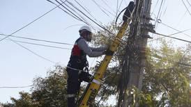 VTR presentará querella número 145 por nuevo acto vandálico que produjo corte de fibra óptica en Providencia y Santiago Centro