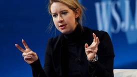 """De tener un lugar asegurado en el """"olimpo"""" de Silicon Valley a enfrentar 20 años de prisión por fraude: Este ha sido el tormentoso camino de Elizabeth Holmes"""