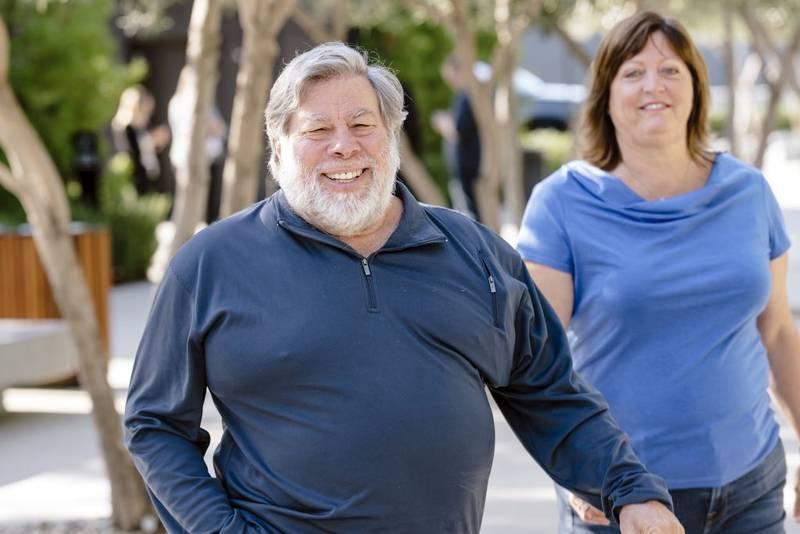 Steve Wozniak, cofundador de Apple, ahora impulsa una nueva empresa: Privateer.